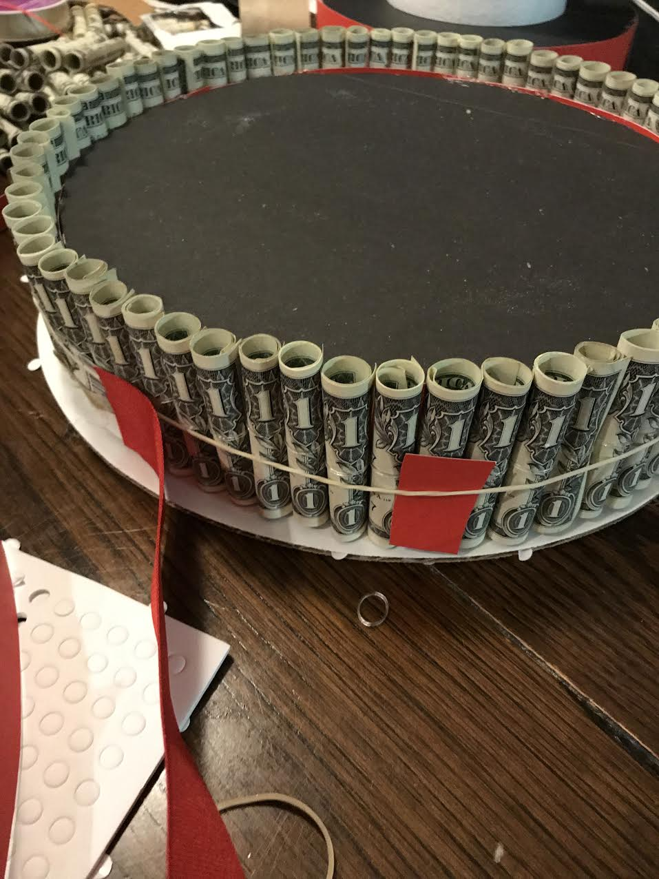 Money Cake Folding Tutorial On How To Make A Birthday Or Graduation Out Of Dollar Bills This You Ll Need 12 And These